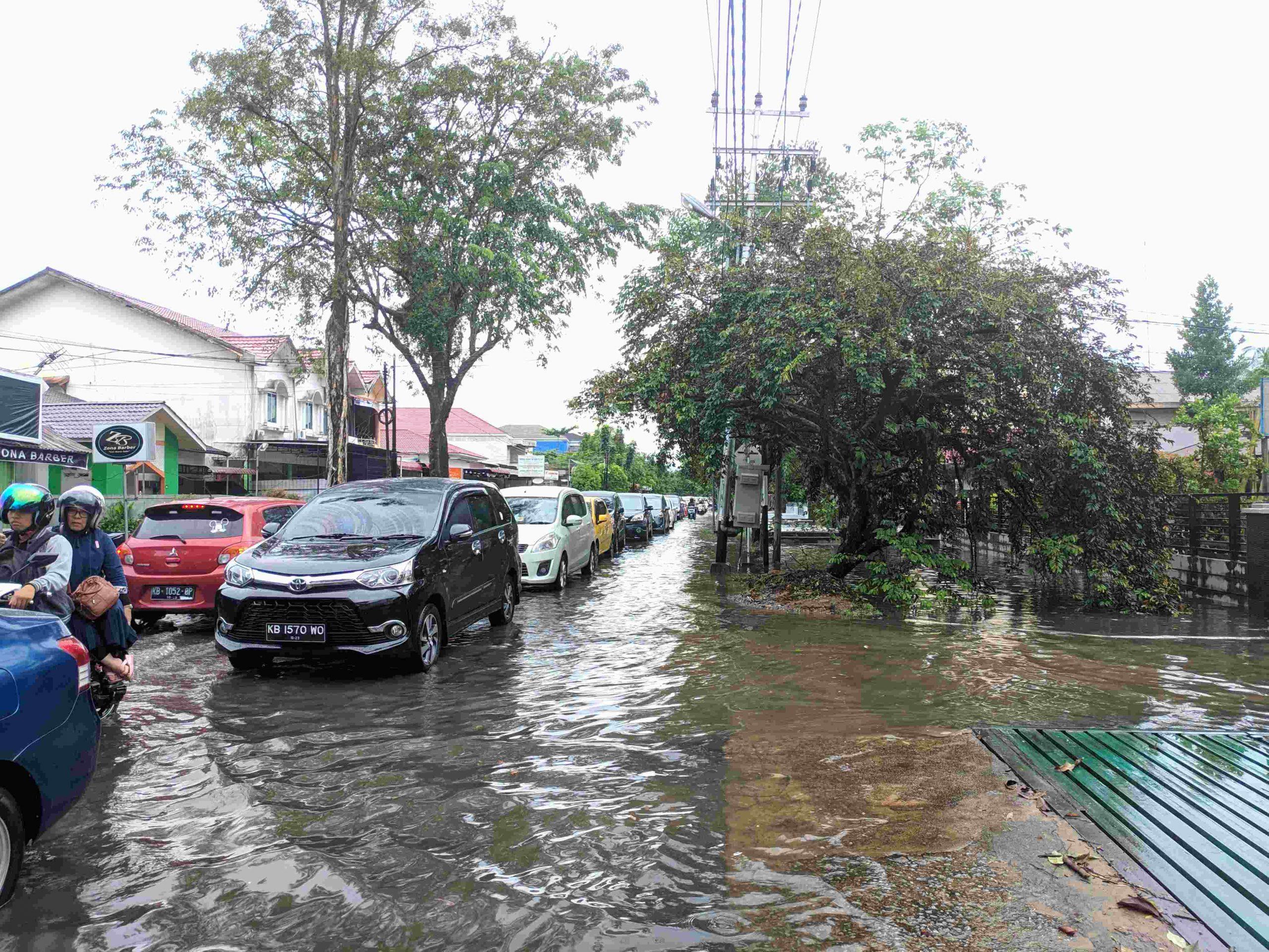 Banjir dan Macet