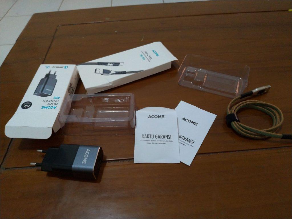 Charger dan kabel data